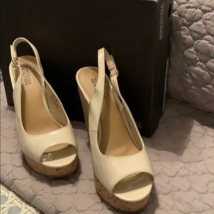 Kenneth Cole Reaction wedges size 7.5